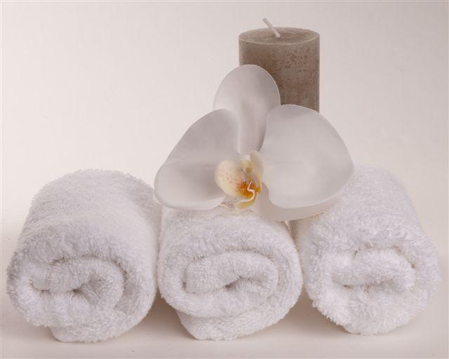 Schoonheidssalon Yvon Geldrop schoonheidsspecialiste Nouvital Cosmetics contact en openingstijden